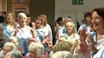 Dementia choir sings at Luton Airport