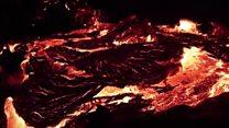 Река лавы из вулкана Килауэа на Гавайях