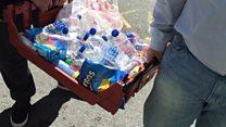 Взрыв в Манчестере: мусульмане принесли воду спасателям