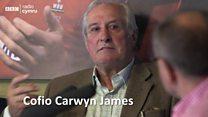 Carwyn James - O flaen ei amser. Galluog.
