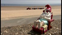 Unloved gnomes get seaside holiday