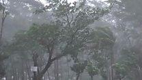 Cyclone Mora batters Bangladesh