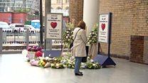 Жизнь в Манчестере входит в нормальное русле после теракта