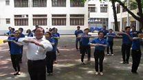 एक टीचर जो अपने डांस से मशहूर हुआ!