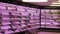 هجوم مردم قطر به سوپرمارکت ها پس از قهر کشورهای عربی