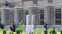 Imágenes de los tiroteos durante el asalto al Parlamento de Irán