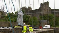 Henry VII statue arrives at birthplace