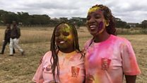 Wakazi Nairobi wakimbia na kupakwa rangi kuhimiza amani