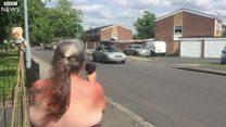 Idosa britânica se torna sensação na internet com secador de cabelo que imita radar