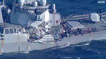 بالفيديو: إصطدام مدمرة أمريكية بسفينة شحن