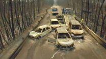 Estremecedoras imágenes de un dron muestran los autos calcinados por el feroz incendio en Portugal