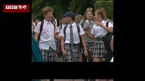 स्कूल के लड़कों ने स्कर्ट क्यों पहनी?