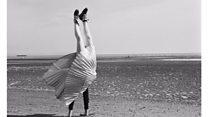 Posthumous exhibition of 'handstand' artist