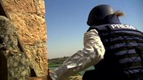 IS狙撃手をかわして進む イラク・モスル最前線