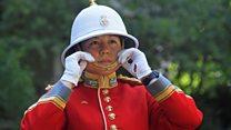 หัวหน้าหน่วยทหารรักษาพระองค์หญิงคนแรกของประวัติศาสตร์อังกฤษ