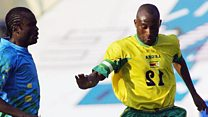 Ndlovu promises Mugabe his national team shirt