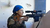 """""""Я видела его своими глазами"""": женщина-снайпер спаслась от пули боевика"""