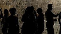 Kıbrıs sorunu: İki taraftan gençler barış için bir 'ara'da
