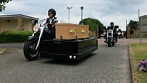 Hundreds of motorbikers mark funeral