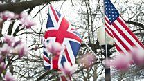 في إكسترا إنجليش نسأل: هل تطغى اللهجة الأميركية AMERICAN OVERWHELMS على الإنكليزية البريطانية British English؟