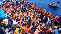 ایتالیا: کشورهای دیگر اتحادیه اروپا هم باید در پذیرفتن مهاجران سهیم باشند