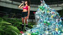 4 سنوات من القمامة في صور