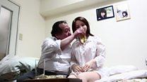 Os japoneses que desistem das mulheres pelo 'amor' a bonecas