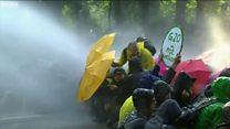 Гамбург: проти активістів застосували водомети
