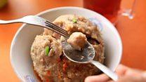 让印尼饮食界风云变色的百年中式肉丸