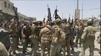 Mosul troops celebrate