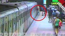 Woman gets stuck in Rome metro door