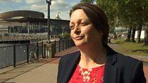 Bwlio: 'Angen cysondeb ar draws Cymru'