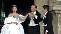 اوبرا 'لا ترافياتا' على المدرج الروماني في عمان بمشاركة 150 موسيقيً