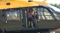 Принц Уильям показал принцу Джорджу вертолет