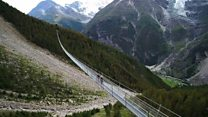 Las espectaculares vistas del puente colgante para peatones más largo del mundo
