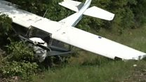 Plane crashes on Texas highway