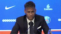 """Neymar: """"J'ai été guidé par son cœur, pas par l'argent"""""""