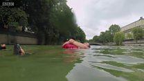 Aller au travail en nageant