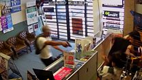 Texas shopkeepers fight armed robbers