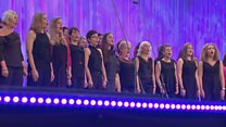 Côr Alaw Werin dros 20 mewn nifer (1) / Folk Song over 20 members (1)
