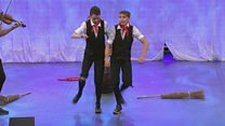 Deuawd, Triawd neu Bedwarawd Stepio (92) / Step Dancing Duo, Trio or Quartet (92)