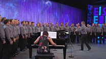 Côr Meibion heb fod yn llai nag 20 mewn nifer (29) / Male Voice Choir with more than 20 members (29)