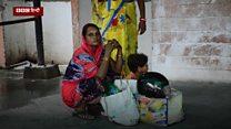 गोरखपुर: अस्पताल में कुत्ते हैं, सिलेंडर में ऑक्सीजन नहीं?