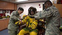 شاهد كيف يتحضر قائد طائرة التجسس الأمريكية قبل المهمة