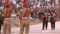 Танец пограничников Индии и Пакистана
