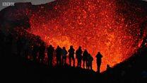 آگ اگلتے آتش فشاں دیکھنے کا شوق