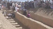 تشییع جنازه قربانیان روستای میرزا اولنگ افغانستان