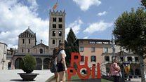 バルセロナ襲撃に揺れる町リポイ 実行犯の多くが生活