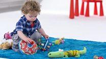 Cinsiyetlerine göre oyuncak almak çocukları bir kalıba sokar mı?