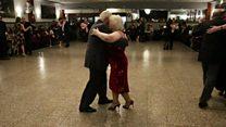شرکت زوجی در دهه نهم زندگی در مسابقات قهرمانی تانگو